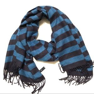 GAP Blanket Scarf/Wrap Navy/Blue Fringe